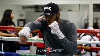 JULIAN WILLIAMS WORKING ON TECHNIQUE, SMOOTH SHADOW BOXING AHEAD OF GALLIMORE FIGHT