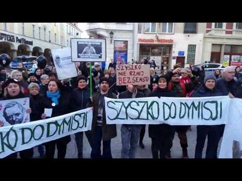 Strajk Kobiet W Zielonej Górze - Chór Kobiet