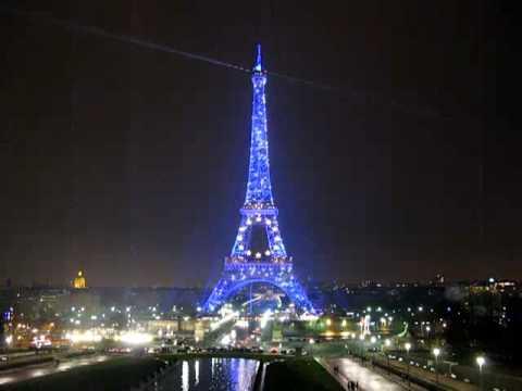 Eiffeltoren in parijs night youtube - Foto van de eetkamer ...