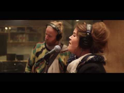 Hjaltalín - Halo (Live on Icelandic National Radio)