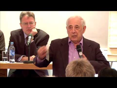 A Discussion of Artificial Intelligence with John Searle and Luciano Floridi