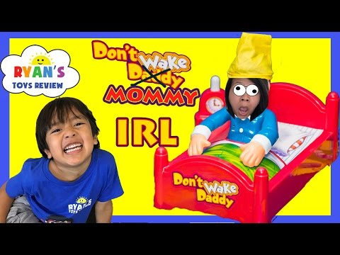 DON'T WAKE MOMMY IRL CHALLENGE Family Fun Games for Kids Egg Surprise Warheads Extreme Sour Candy thumbnail