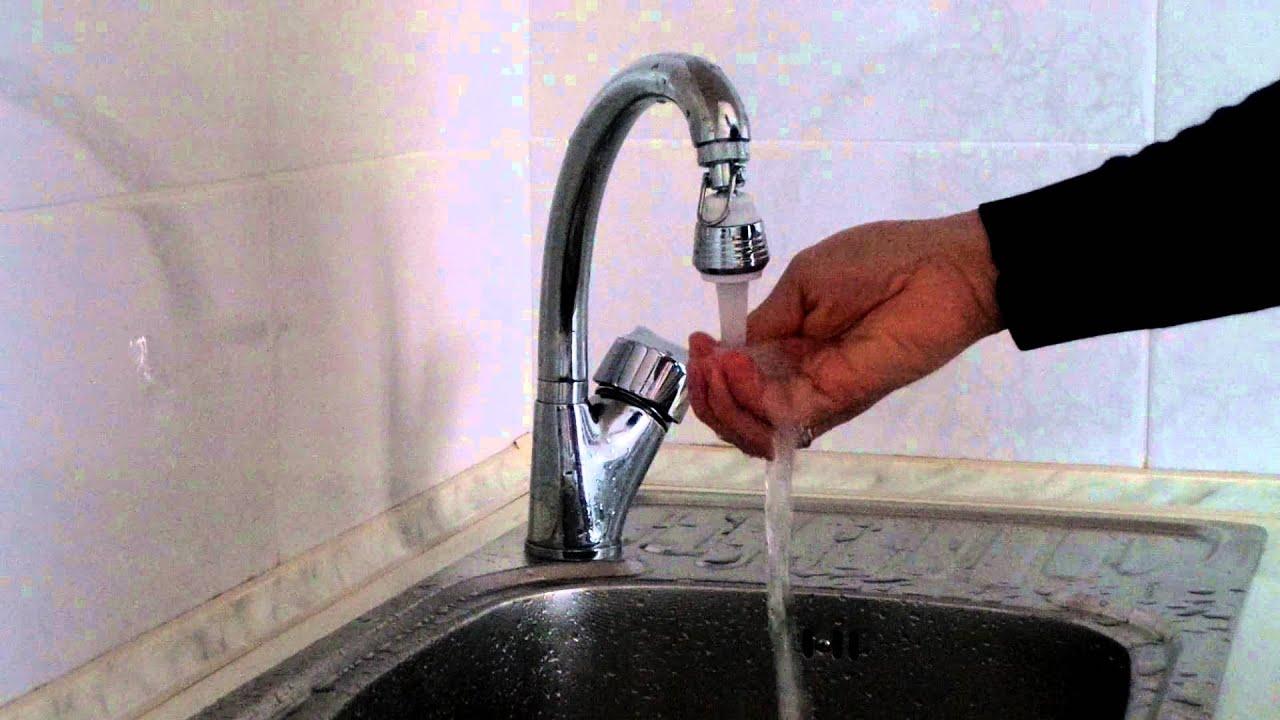 Почему бьет током вода из под крана