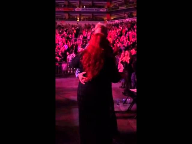 Wynonna Judd and Cactus Moser dancing to George Strait