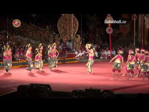 Parade Gong kebyar Anak-anak : Sekaa Gong Anak-anak Wirama Tirtayasa Kota Denpasar