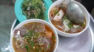 Việt Nam ăn đường phố Bún bò Huế Đắc Biet Phở Bò