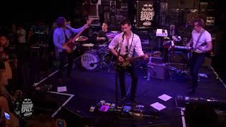 Arctic Monkeys - R U Mine? (Live)