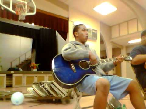 Samoan Singing a Tongan Song :)