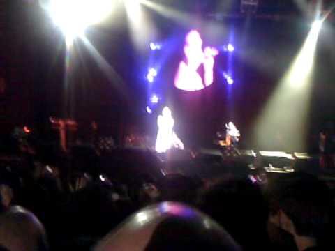 Depeche Mode - Somebody (Club Ciudad - 17/10/09)