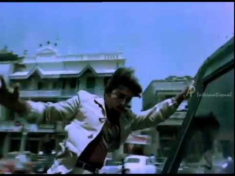 Sakalakala Vallavan - Kamal Car Chasing Fight video
