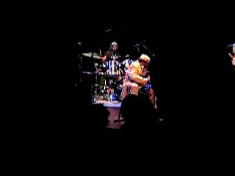 James Blood Ulmer Live Bimhuis 6 sept 2009 Part 2 P1030660