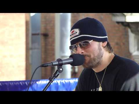 Eric Church - Acoustic Performance of Before She Does