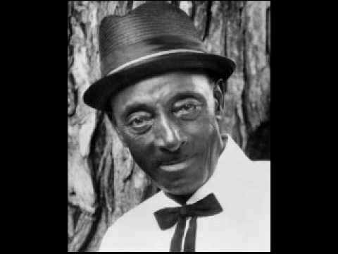 Mississippi Fred McDowell - Done Left Here