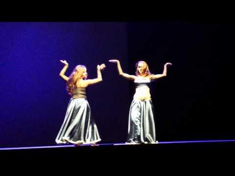 Jamila & Yahna - Hindi Sad Diamonds @ IODF, Tallinn 2013