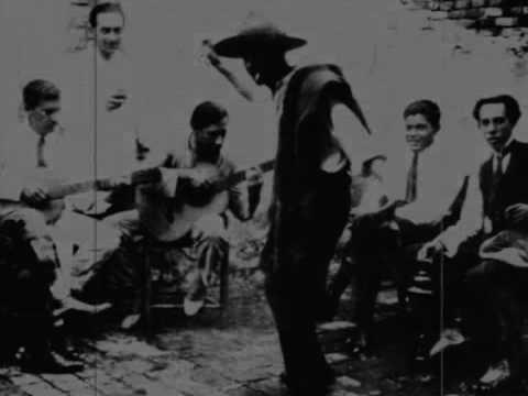 Santo de la Guitarra: La Historia Fantastica de Agustin Barrios Mangore