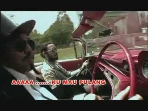 Naif - Uang (Official Lyric Video)