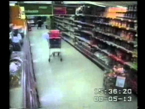 Enschede vuurwerk ramp, supermarkt stort in