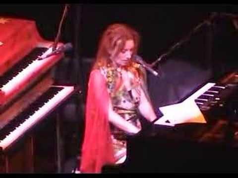 Tori Amos - Seaside
