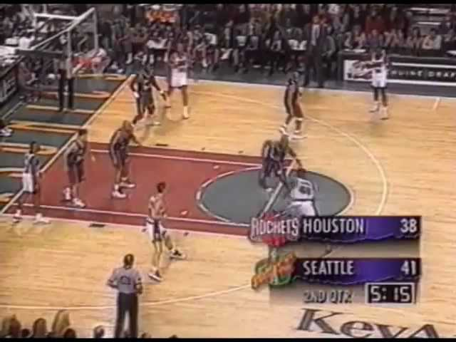 Shawn Kemp dunks on Charles Barkley