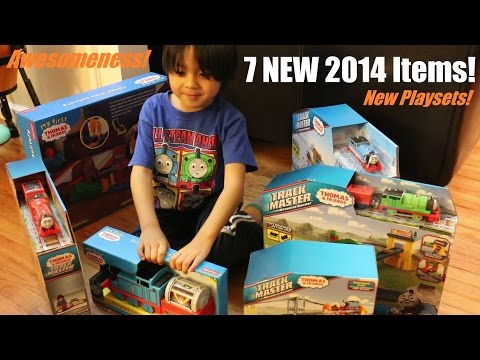 New Thomas & Friends Trackmaster Playsets, James' Roaring Delivery, Etc... video