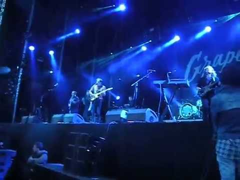 Bombay Bicycle Club - Lights Out, Words Gone live @ Grape festival 2014