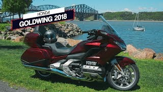 Honda Goldwing 2018   Action moteur sport MOTO