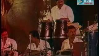download lagu Lata Live In Concert.....udit Narayan gratis