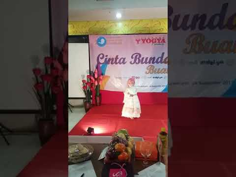 #2 shahla fauziya- juara 1 lomba fashion show busana muslim