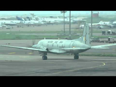 Indian Air Force Avro (hawker Siddeley 748) Taxiing At Delhi Igi Airport video
