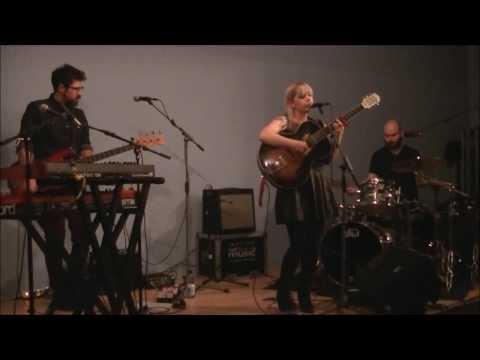 Basia Bulat - Five Four