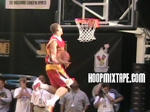 Blake Griffin Hits A Windmill Off The Board