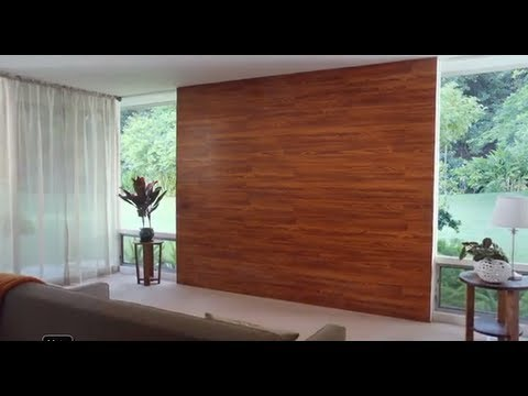 Decora una pared con piso laminado youtube - Como forrar una pared con madera ...