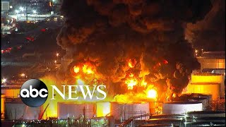Massive chemical plant fire burns in Texas