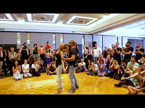 Carlos and Fernanda  Brazilian ZOuk demo at Casa Do Zouk 2017