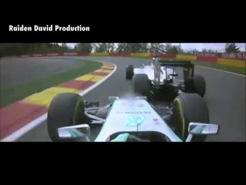 F1 Spa 2014 - Rosberg and Hamilton Collision (Slow Motion)