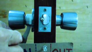 How to remove a Weiser knob lockset from the door