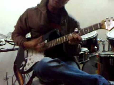 Ae kaash ke hum with chords on Electric Guitar