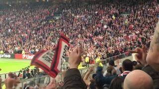 Ajax - Lyon 03-05-2017, En Wie Niet Springt + Eindsignaal