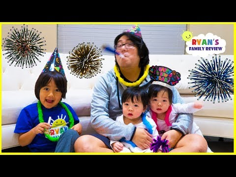 Happy New Year Celebration and Family Singing Songs with Ryan's Family Review