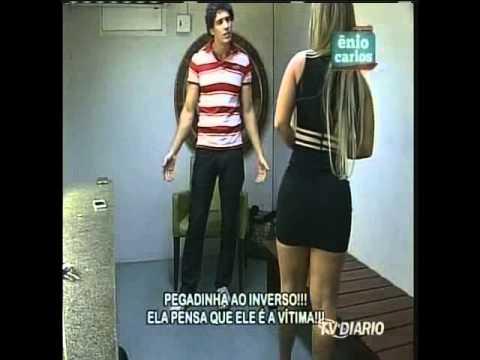 Enio Carlos 06-10-13 - Mari caiu na pegadinha