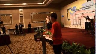 MC sebagai pengerusi majlis makan malam KER1M 2014