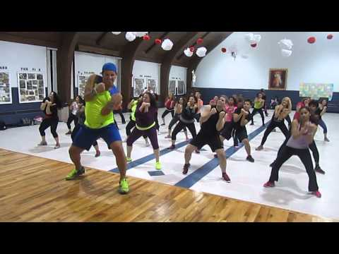 John Layseca Zumba roar By Katy Perry Warm Up video