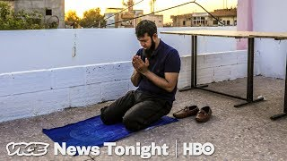 Video: One American Father's Journey to save his Children from ISIS Caliphate - Vice News