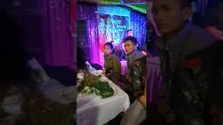 Người phản bội hát đám cưới
