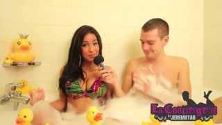 Emilia (Les princes de l'amour) dans le bain de Jeremstar