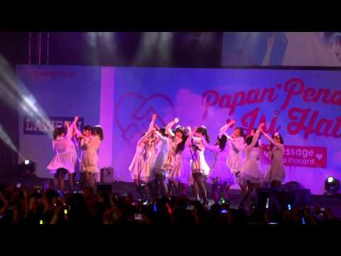 download lagu Fancam JKT48 - Angin Sedang Berhembus Kaze Wa Fuiteiru At Kokoplac HS Festival gratis