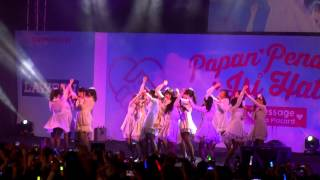 download lagu Fancam Jkt48 - Angin Sedang Berhembus Kaze Wa Fuiteiru gratis