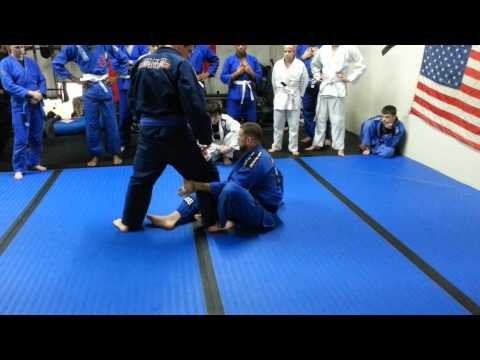 BJJ How to Sweep Someone Who Stands Up