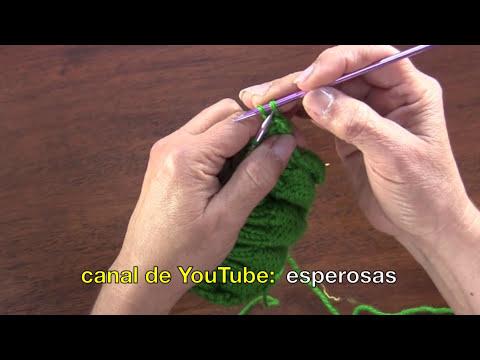 Conjunto de bufanda con eslabones y gorro tejidos en dos agujas
