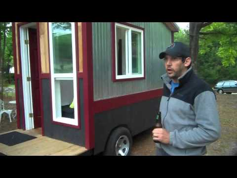 A 60 Square Foot Tiny House Camper Cabin On Wheels With A Shower, Toilet And Kitchen ?